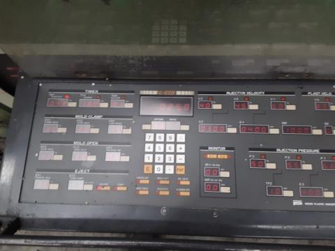 1987 360 ton Nissei 60 oz FS360