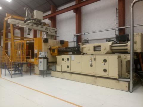 2000 1100 ton Husky 211 oz H1000 Hylectric