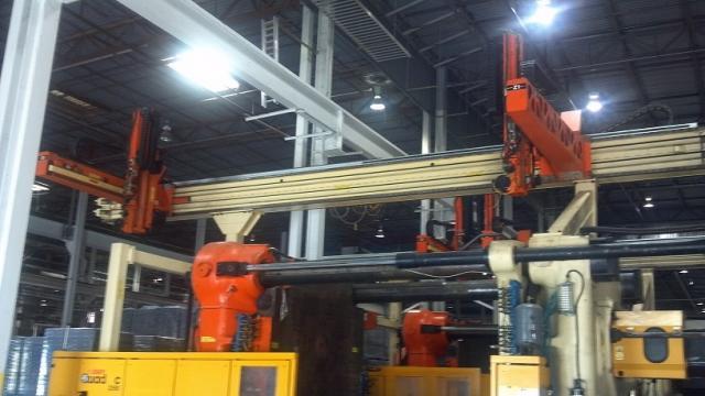 2500 ton Husky 966 oz QD2350 QuadLoc
