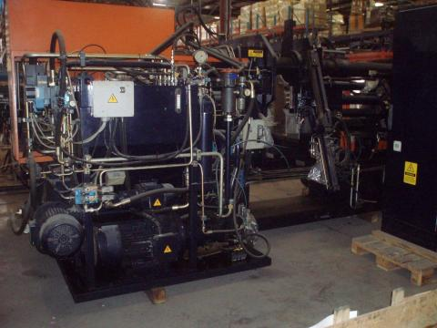 2005 250 ton Rutil Rubber Injection Molding Machine