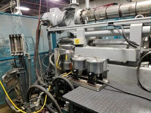 1995 60 ton Presma Structural Foam Machine 176.5 oz