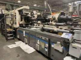 1994 600 ton Cincinnati VH600 76 oz. injection molding machine