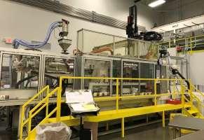 2004 420 ton Krauss-Maffei 2-Color 10/32 / 10.32 oz
