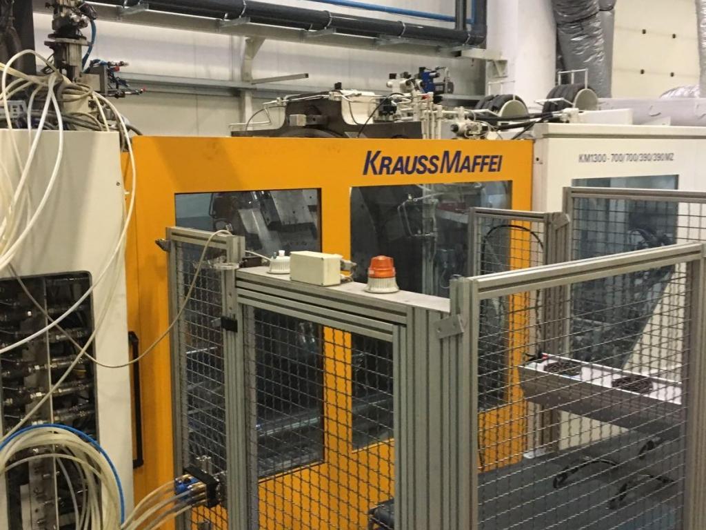 2003 1300 ton Krauss-Maffei 4 Color