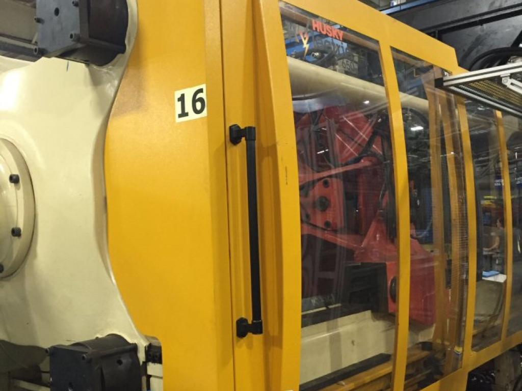 2004 H650 Husky Hylectric 133 oz